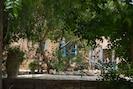 200 m2  de jardin clos sécurisé
