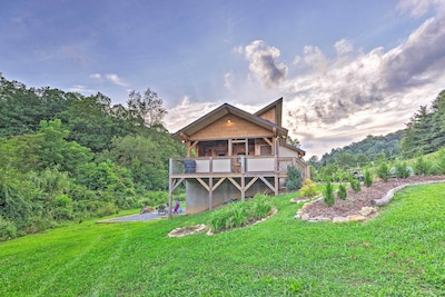 Escape to the North Carolina mountains at this rustic vacation rental!