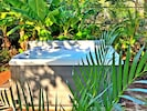 Spa Jacuzzi Hot Tub. 6-person. 90 jets! Come soak & relax in this garden oasis.