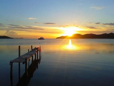 La mer a 50 mètres de chez vous, Maora plage.