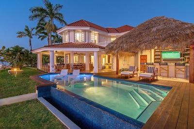 The AT LAST Villa is a fully staffed 4 bedroom, 4.5 bath upscale villa