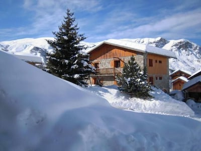 Saint-Martin-de-Belleville: Apartment in Les Menuires Chalet