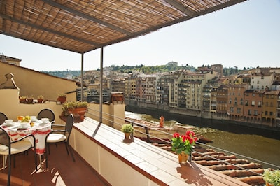 Old Bridge Penthouse with terrace - Amazing View