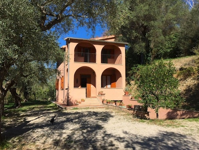 Argentella House - Villino panoramico con giardino