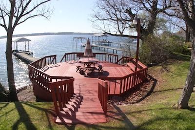 Beautiful waterfront view of Seneca Lake!