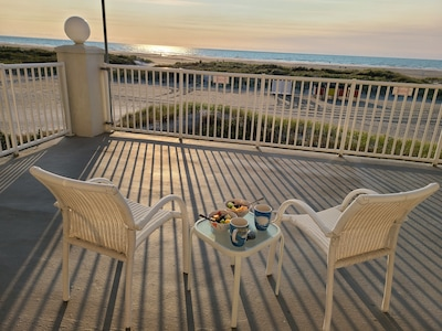Sunrise Ocean Front Condo  *End Unit*   Steps from the Beach,  open year round.