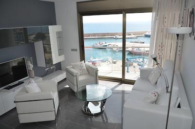 Le nouvel appartement, Casa Cleo, a une vue frontale sur la mer à couper le souffle.