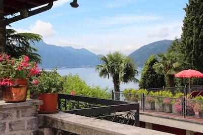Terrasse mit Seeblick