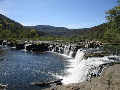 Beautiful Sandstone Falls on the New River - Hinton, West Virginia