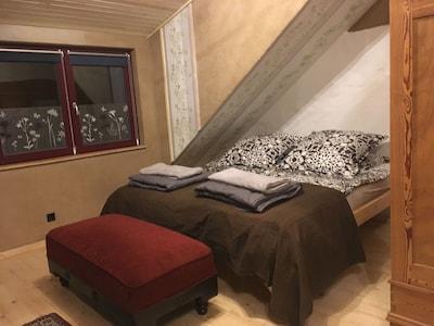 Doppelbett im loft