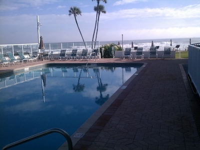 The large pool and the Atlantic ocean