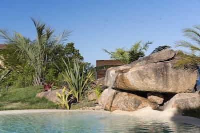 Villa Nyima I: Loft romântico e sossegado em Ibira com piscina.