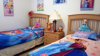 Twin room with choice of bedding inc Minnie, Ariel, Frozen, Princesses. Xbox360.