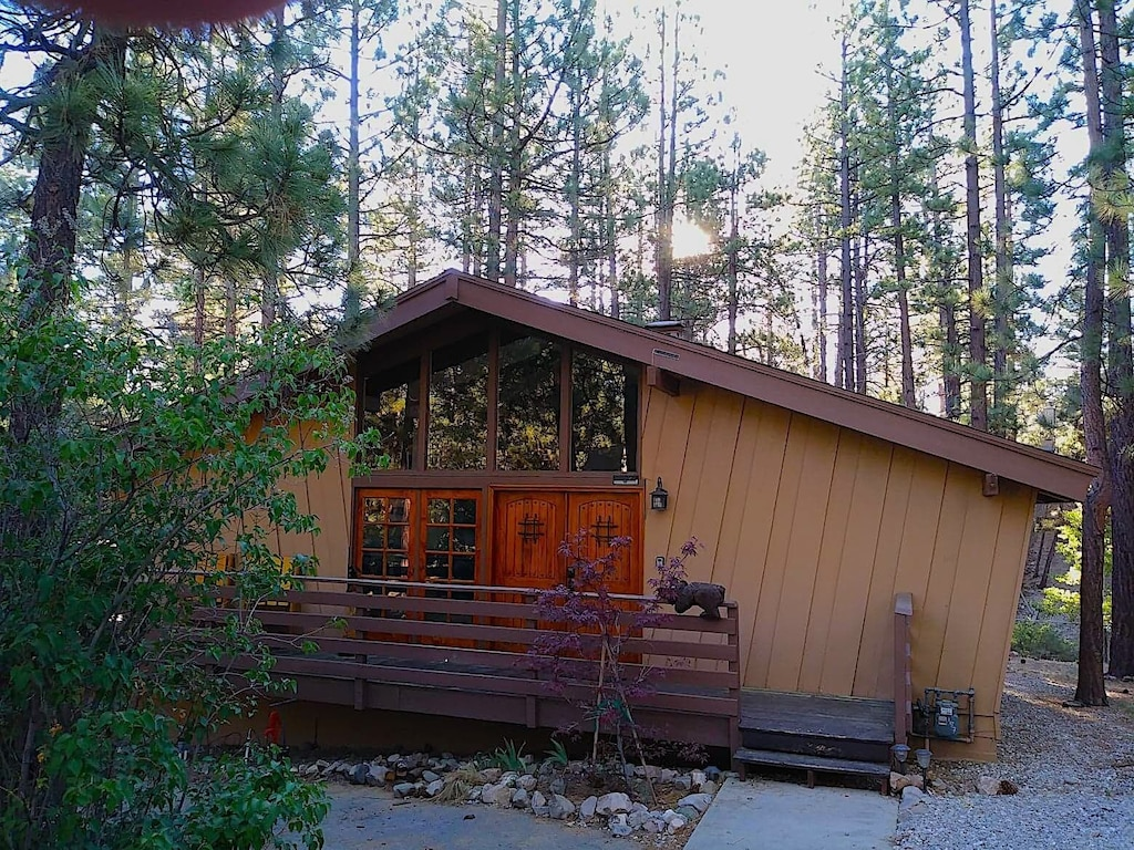 Cozy Mountain Cabin Close To All With Free Wifi Big Bear City