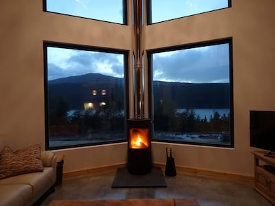 Cosy nights in front of log burner overlooking mountains and loch