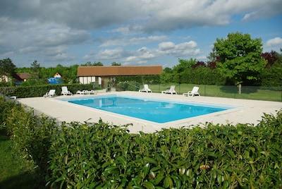 piscine partagée du parc