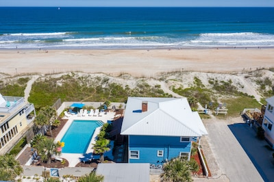 4/3 very private residence with private pool on a double oceanfront lot!!