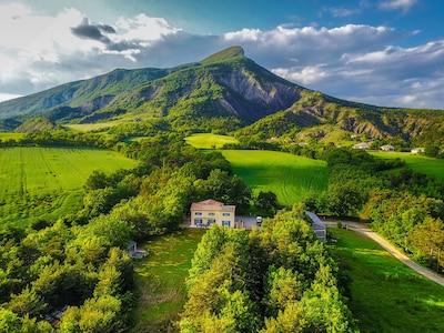 Aspremont, Hautes-Alpes, France
