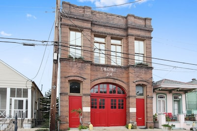 Exterior view of the Engine 24 Firehouse, a classic New Orleans building.