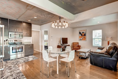 Main Level Living: Fantastic open floorplan
