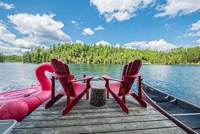 Modern quiet getaway on Batelle Lake