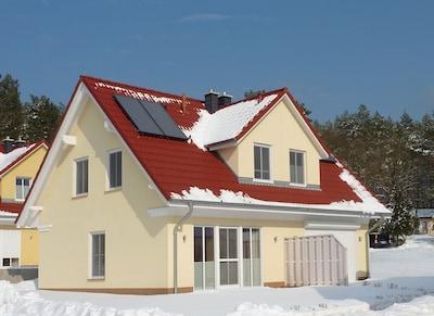Ferienhaus an Seen und Meer  im Winter