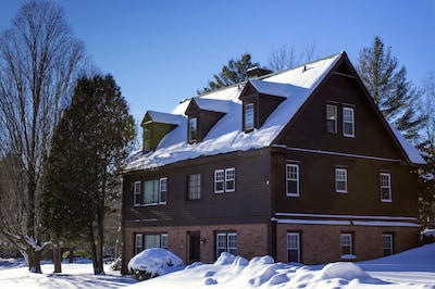 The Reunion House in Winter - ideal ski house for nearby  Bromley & Stratton Mt.