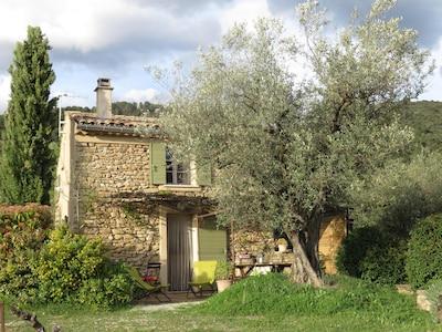 Mollans-sur-Ouvèze, Drome (département), France