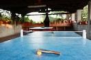 Ping pong y barbacoa de Can Micos (Girona - Costa Brava)