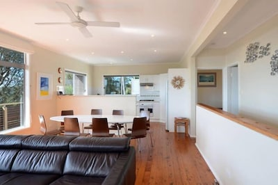 Large open plan kitchen and living/dining space upstairs