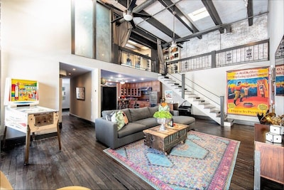 Welcome to the Penthouse 2 BR/ 2 BA two story loft with large living space