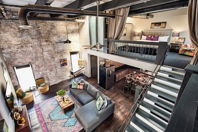Large 2 level, 2 BR Penthouse loft with large living area and 2 full bathrooms