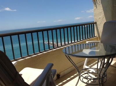 Magnifico apartamento a pie de playa con increibles vistas