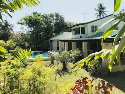 2 story villa on secluded corner lot