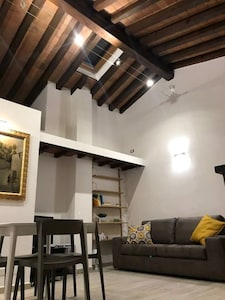 Cozy apartment close to Florence historical center
