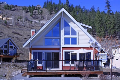 Wilson Landing, West Kelowna, British Columbia, Canada