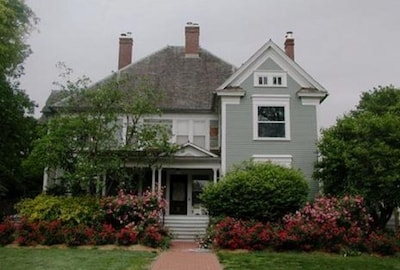 Darlene's Guest Cottage