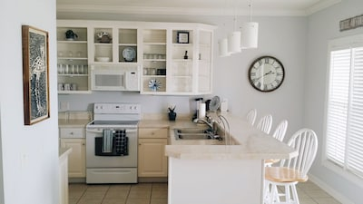 Kitchen Area with island and bar stools