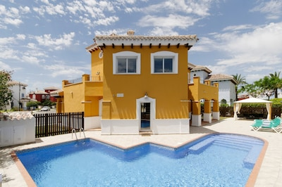 Villa with Large Heated Private Pool