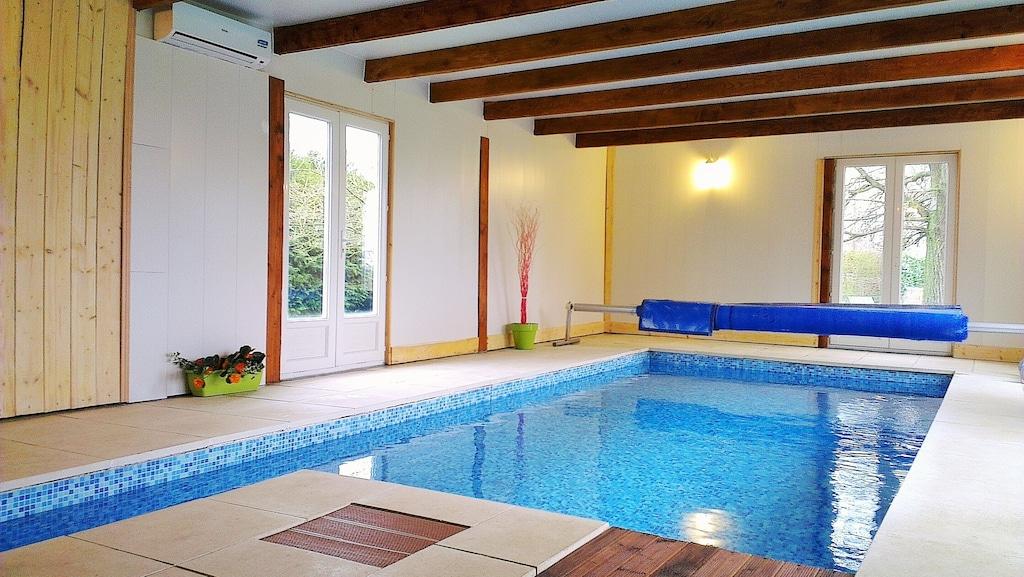 Maison normande avec piscine intérieure chauffée - La Noë-Poulain