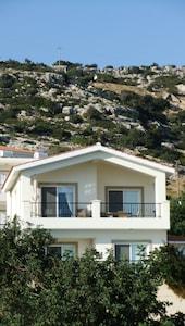 Villa Athene - Peyia Hills in background