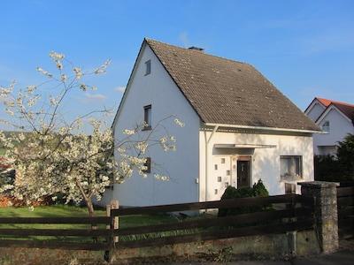 Haus vom Neuweg aus gesehen