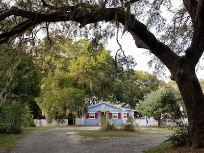 Nestled under mossy oaks about half way down Ft Morgan Rd Private but convenient