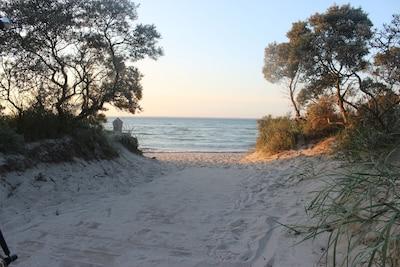 Idyllische Ostsee zw Priwall-Boltenhagen mit Schwimmbad Sauna WLAN und Natur Pur
