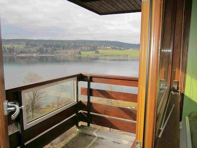 le balcon et le lac