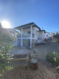 Lever de soleil et petit déjeuner en terrasse