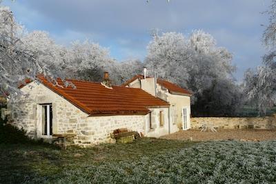 Saint-Julien, Département de la Côte-d'Or, Frankreich