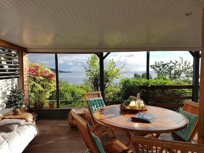 salon /salle à manger en terrasse