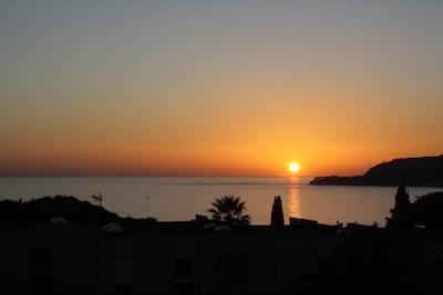 Coucher de Soleil vu depuis la terrasse