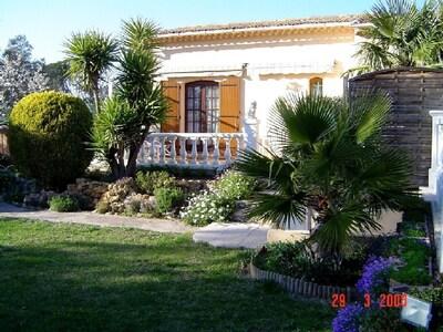 villa côté sud - vue du jardin
